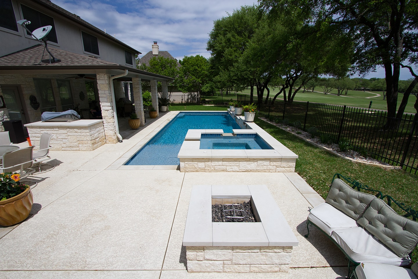 Geometric. Custom Pool Designs