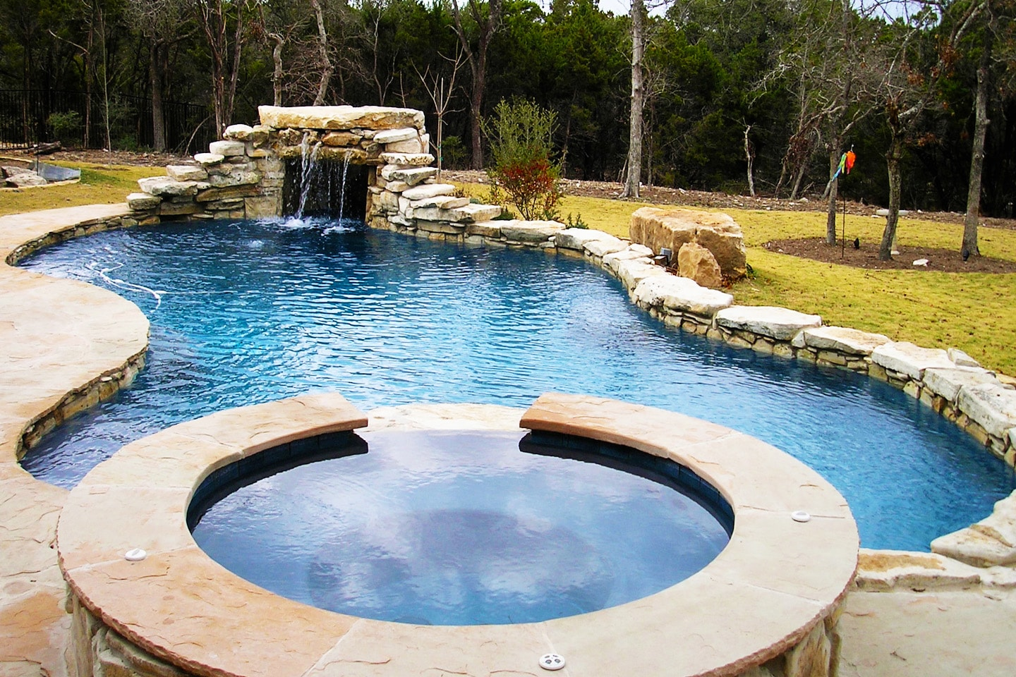 Grottos. Custom Pool Designs