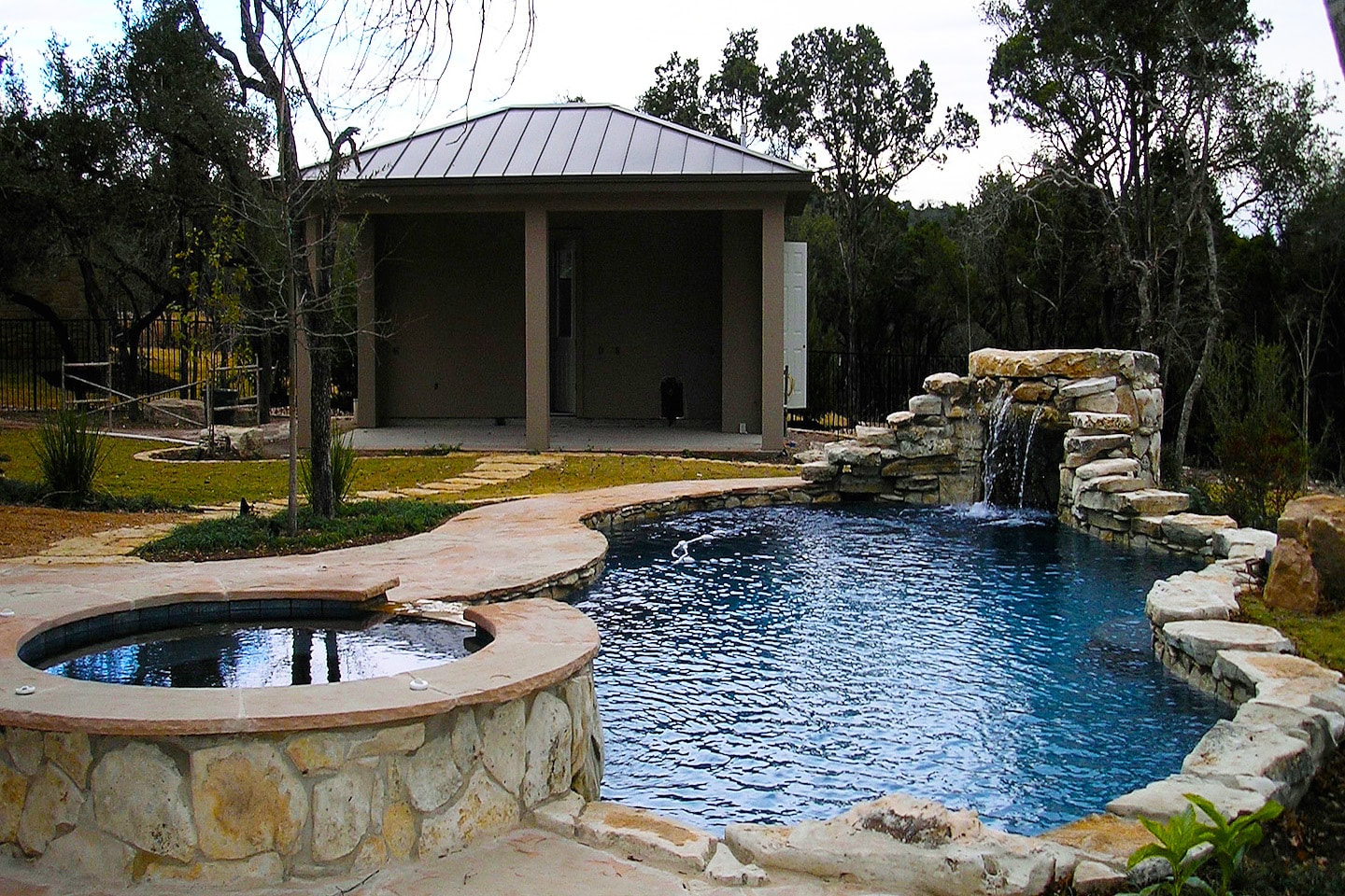 Grottos waterfalls paradise pools for Custom pool designs