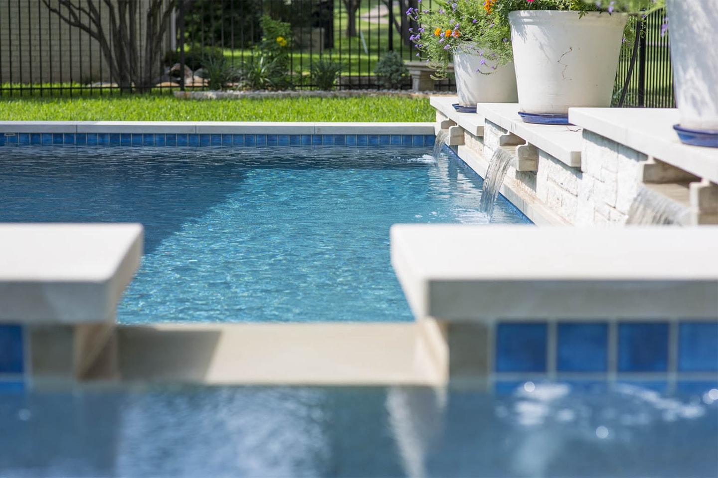 New pool designs visit our pool design showroom get a for Pool design hamilton